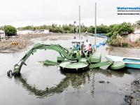 Deepening and Cleaning an urban lagoon by suction dredging