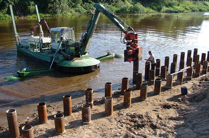 Piling with Watermaster dredger